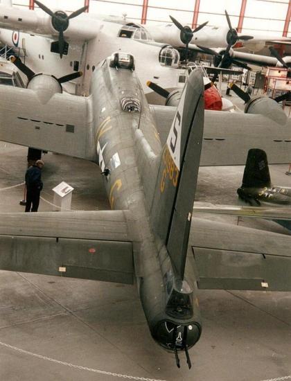 b-17-duxford-1.jpg