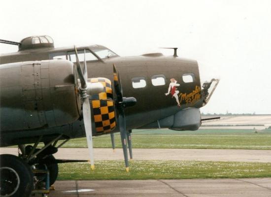 b-17-memphis-belle-4.jpg