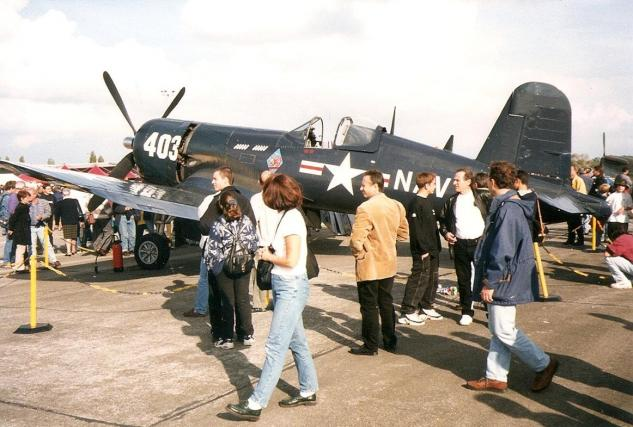 chance-vought-corsair-f4u-4-2.jpg