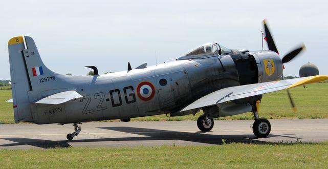 Douglas skyraider ad4n 4