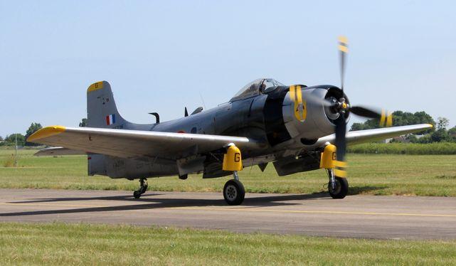 Douglas skyraider ad4n