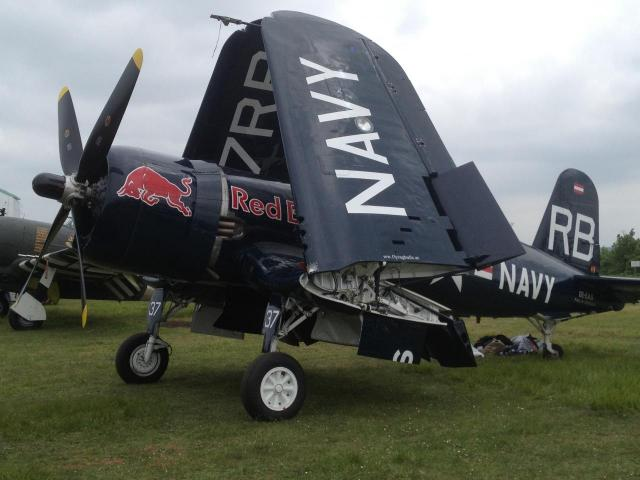 f4u-corsair-red-bull.jpg