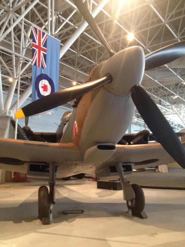 Spitfire Mk IX - g