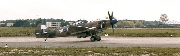 supermarine-spitfire-mk-xiv-2.jpg
