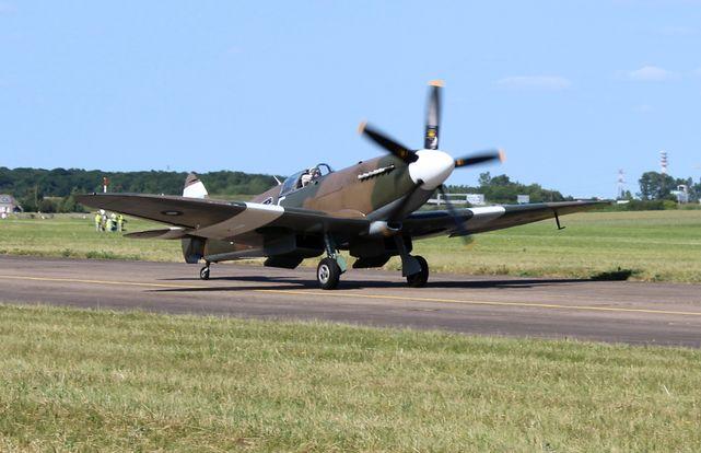 Supermarine spitfire pr xix 2
